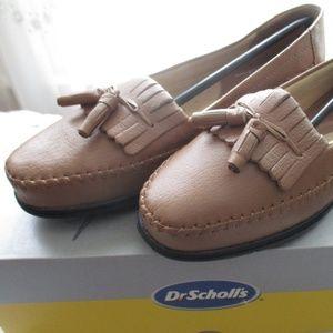 Dr. Scholl's Kiltie Leather Tassel Loafer